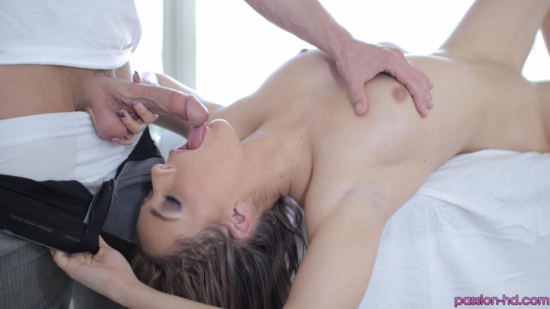 Massage girls blowjobs
